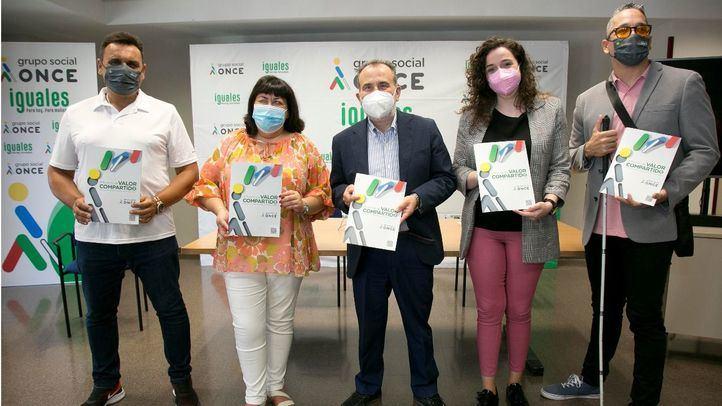 Foto de familia de la presentación en Madrid del Informe Valor Compartido Grupo Social ONCE