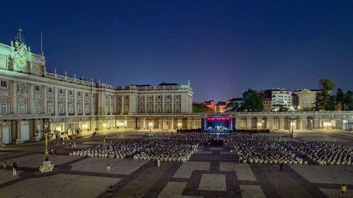 Más de 6.700 espectadores pasan por los conciertos de la Plaza de la Armería