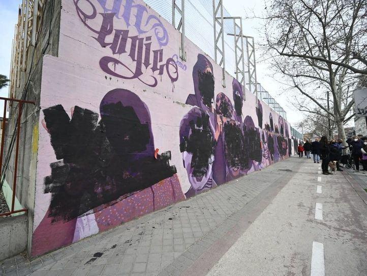 El mural feminista de Ciudad Lineal, vandalizado el 8M