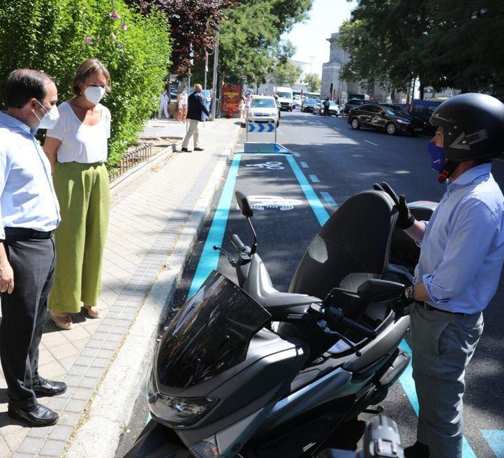 Aumentan las plazas para motos en Madrid