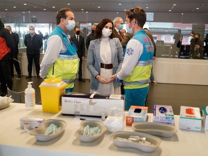 Ayuso, sobre la llegada de vacunas a Madrid: 'Estamos obligados a ser antipáticos en esto'