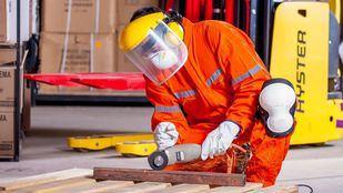 Vestuario laboral: diferencia tu profesión
