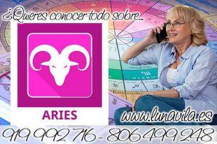 Luna Vila es una de las tarotistas por email, casi gratis: Aries hoy debes desconectarte de todo