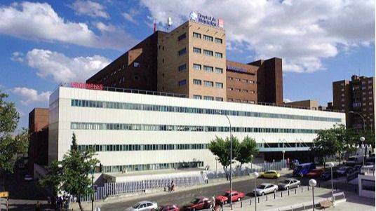 El Hospital de Móstoles suspende las cirugías no urgentes por la saturación de las UCI's
