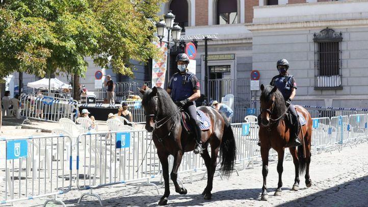 Seguridad en las fiestas de Centro: drones, perros y patrulla a caballo