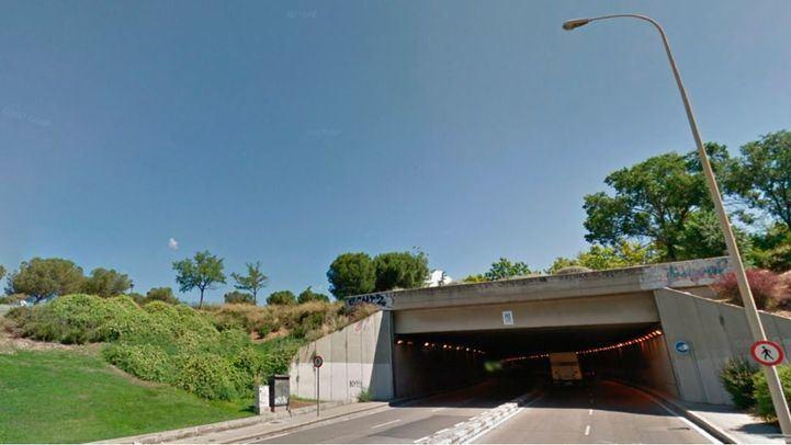 El túnel de Méndez Álvaro, reparado tras desprenderse una cornisa