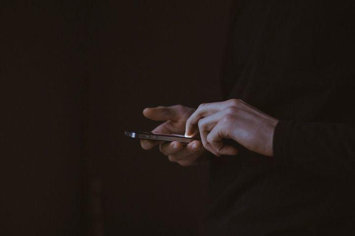 Desconexión digital durante las vacaciones: 'El cerebro debe parar y recargarse'