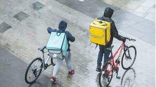 Entra en vigor este jueves la 'ley rider': obliga a contratar como asalariados a los repartidores
