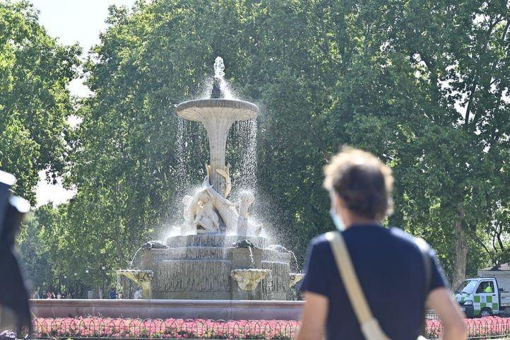 El Retiro y ocho parques de Madrid cierran esta tarde al activarse la alerta roja por altas temperaturas