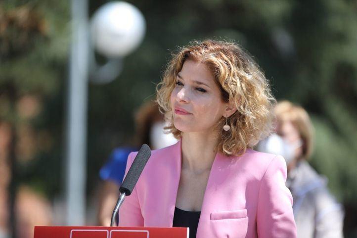 La portavoz socialista en la Asamblea de Madrid, Hana Jalloul, durante un acto en San Fernando