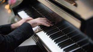 Tocar el piano en casa, ¿qué hay que saber?