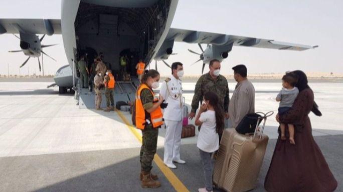 Aterriza en Torrejón el segundo avión español con 110 afganos