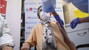 La Comunidad niega que priorizase la vacunación en centros religiosos