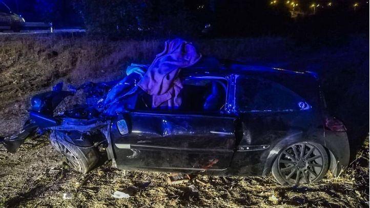 Herido grave tras impactar con su coche contra un árbol en la M-513