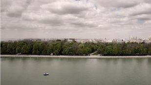 La alerta por tormentas obliga a balizar grandes parques de Madrid