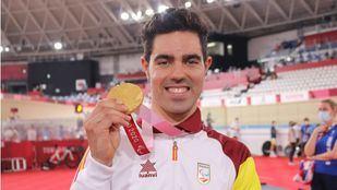 Alfonso Cabello, oro en ciclismo y récord del mundo
