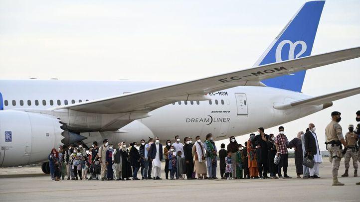 Otros dos aviones con 140 colaboradores afganos aterrizarán en Torrejón este jueves