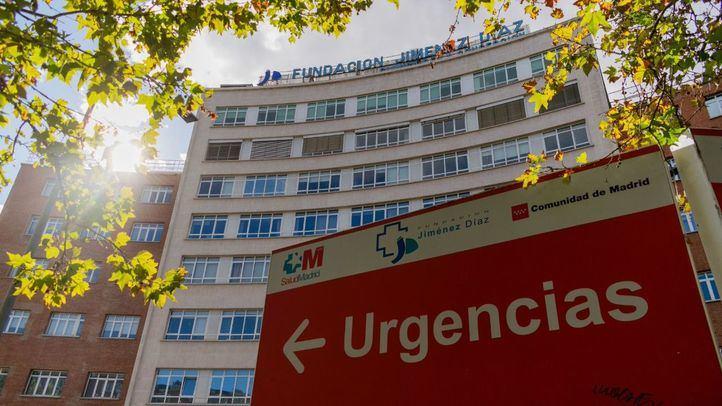 Continúa bajando la presión hospitalaria aunque los fallecidos repuntan respecto al pasado sábado