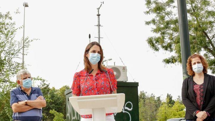 La portavoz de Más Madrid, Rita Maestre, presenta su modelo de zona de bajas emisiones para Plaza Elíptica.