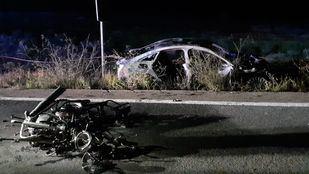 Fallece un motorista tras chocar con un coche en la M-226
