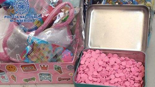 Cae una red que ocultaba pastillas de éxtasis en juguetes y alimentos