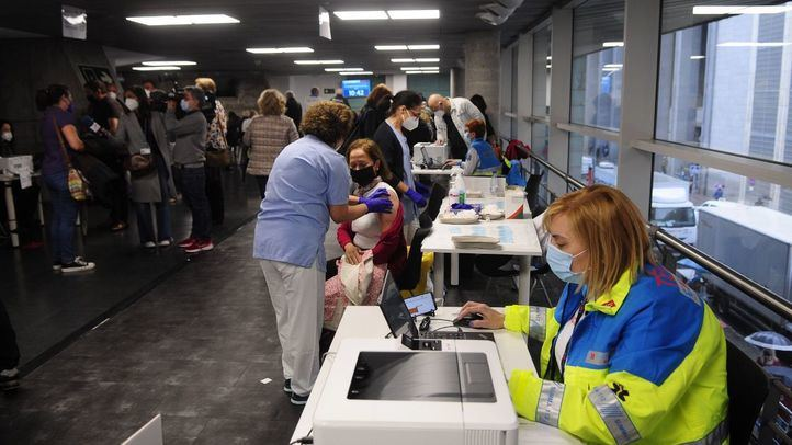 Madrid reorganiza sus puntos de vacunación