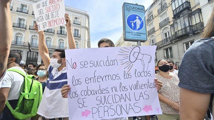 Primera manifestación en España que pide un Plan Nacional de Prevención del Suicidio