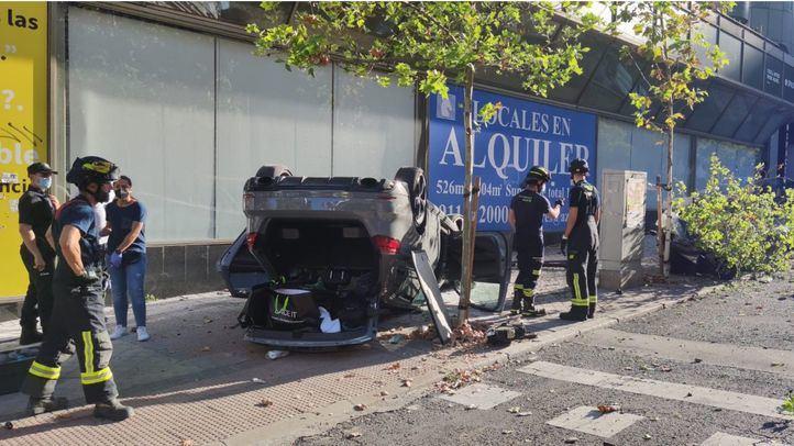 Un conductor pierde el control de su vehículo en María De Molina