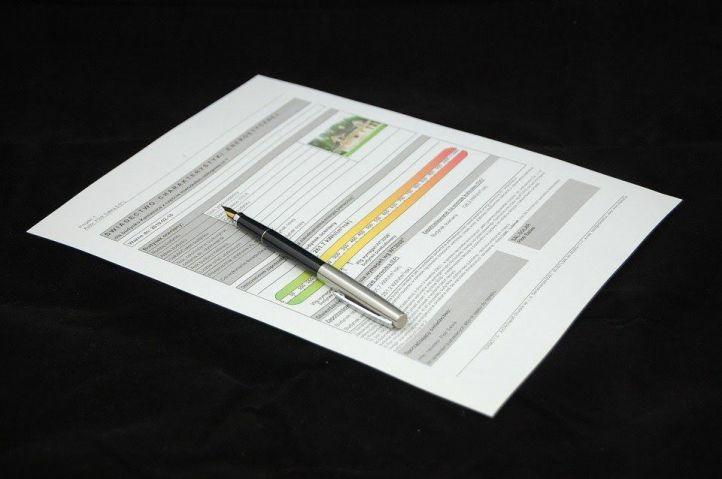 Si anuncias un inmueble, evita multas y pide tu certificado de eficiencia energética