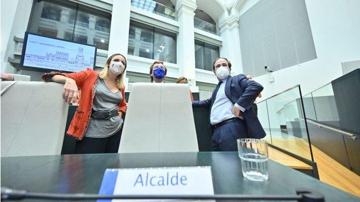 Almeida aprueba la ordenanza de movilidad que perpetúa Madrid Central
