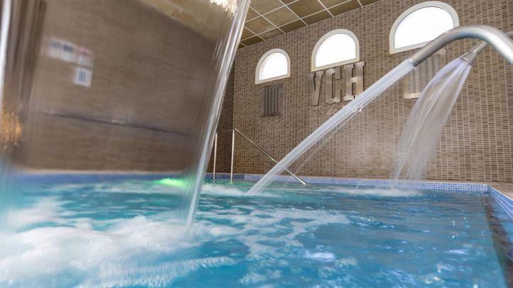 Piscina Termal de chorros del Hotel Balneario Vichy Catalan