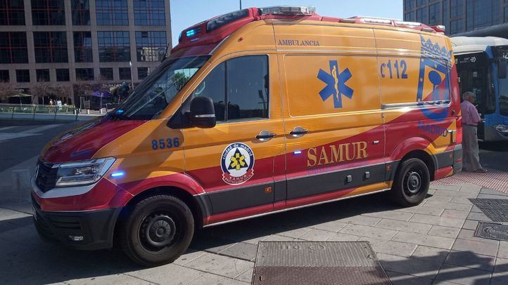 Una joven, grave tras ser atropellada en Aluche por un autobús de la EMT
