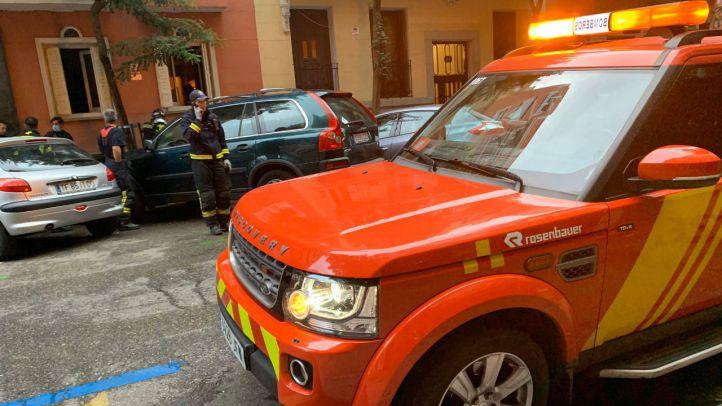 Un incendio en el distrito de Salamanca deja un herido grave