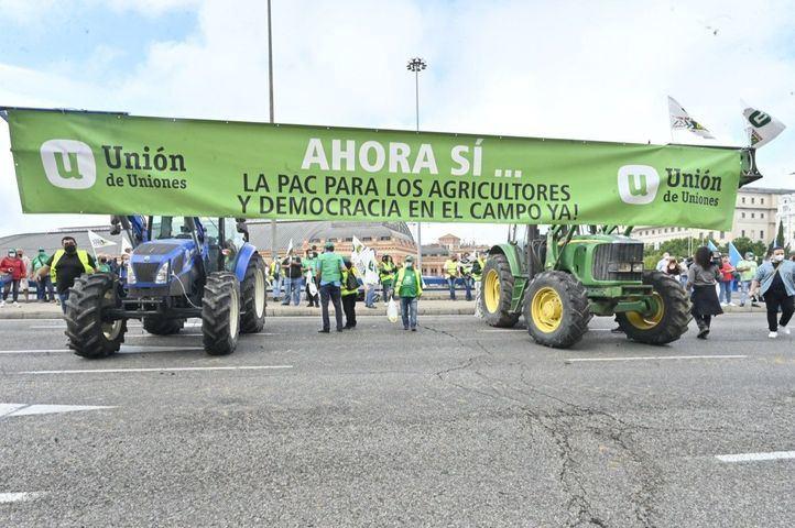 Trabajadores del campo exigen una política agraria justa