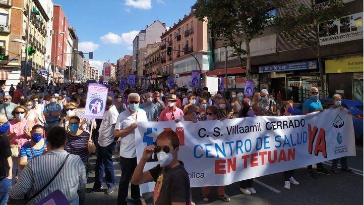 Los vecinos de Tetuán vuelven a las calles para exigir la reapertura del centro de salud Villaamil