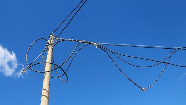 El precio medio de la luz baja este martes hasta los 150,26 euros MWh