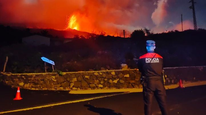 El volcán sigue en fase estable y se descarta que la lava llegue al mar en los próximos dos días