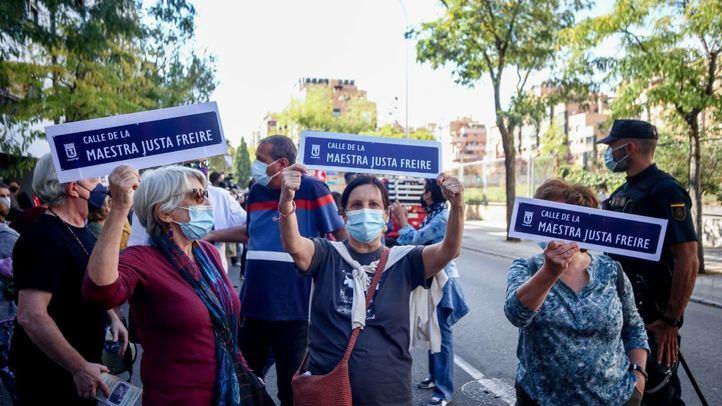 Una marcha pide que la calle General Millán Astray vuelva a tener el nombre de Maestra Justa Freire