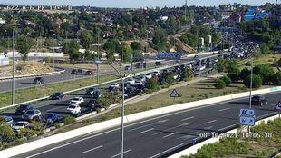 Retenciones en la A6 en la salida del puente del Pilar