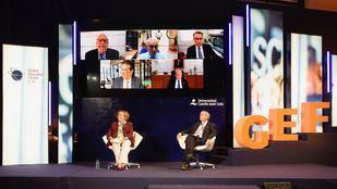 Rosa Menendez y Emilio Lora-Tamayo, en el Global Education Forum