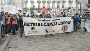 Militares se manifiestan en Madrid en defensa de una mejora de sus retribuciones