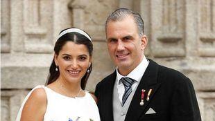 El portavoz de Vox en el Ayuntamiento de Madrid, Javier Ortega Smith se ha casado con la empresaria mexicana Paulina Sánchez del Río