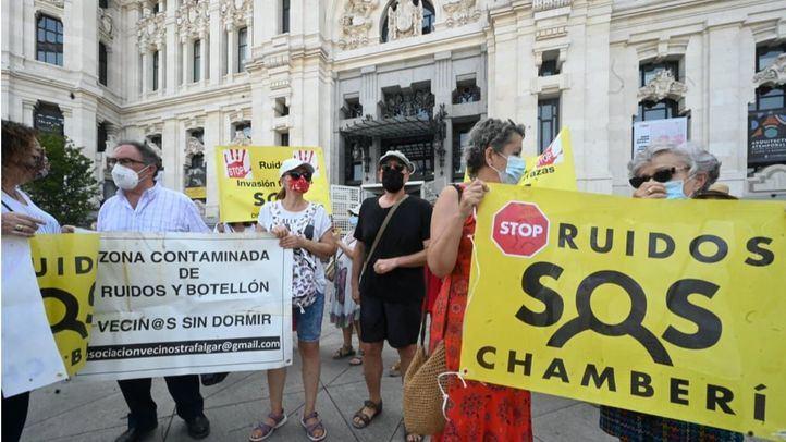PP y Cs se niegan en Chamberí a imitar la suspensión de nuevas terrazas de Retiro