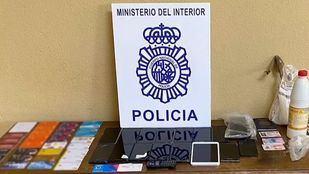 Objetos requisados a los detenidos por phising