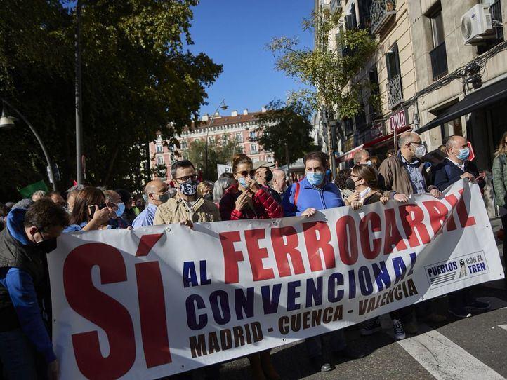 Manifestación para pedir al Gobierno un modelo de ferrocarril ecológico y sostenible