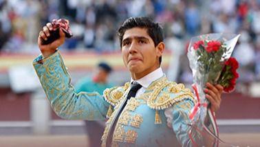 San Isidro: novillada accidentada con oreja para Juan de Castilla y Adame