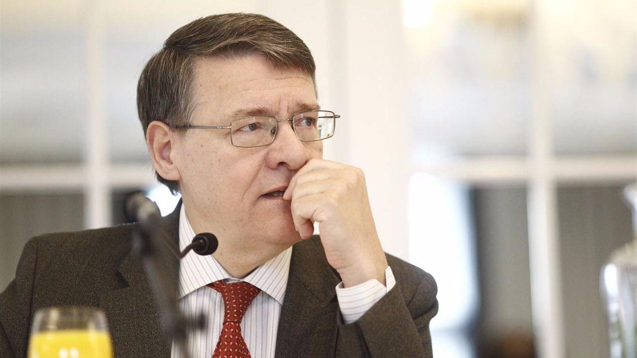 Jordi Sevilla renuncia a su puesto de asesor económico del PSOE