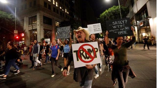 Primeras protestas contra Trump tras su elección: miles de personas se manifiestan en contra