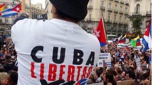 La oposición cubana en España y los exiliados de Miami celebran la muerte 'del tirano' Fidel Castro