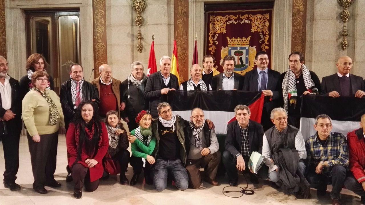 El gesto de Ahora Madrid con Palestina en el Día Internacional de Solidaridad